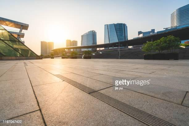 city square, suzhou, china. - piazza foto e immagini stock