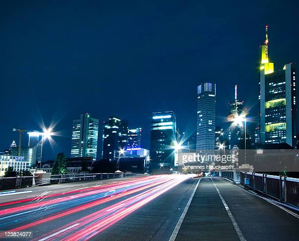 city stream - frankfurt main stock pictures, royalty-free photos & images