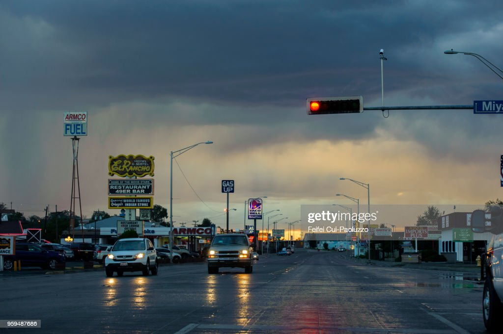 City street and traffic at Gallup, New Mexico, USA : Stock-Foto