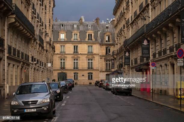 city street at sunset in paris. - emreturanphoto bildbanksfoton och bilder