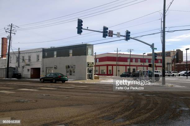 city street of casper, wyoming, usa - casper wyoming stock pictures, royalty-free photos & images