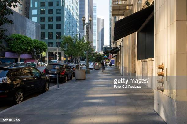 city street of los angeles city, california, usa - hauptstraße stock-fotos und bilder