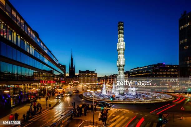 city streets at dusk - stoccolma foto e immagini stock