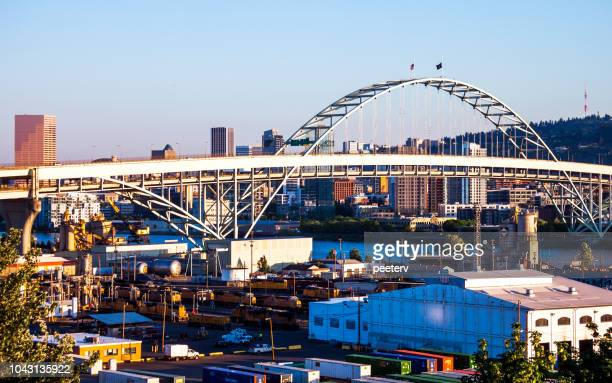 City view and Fremont Bridge - Portland, Oregon