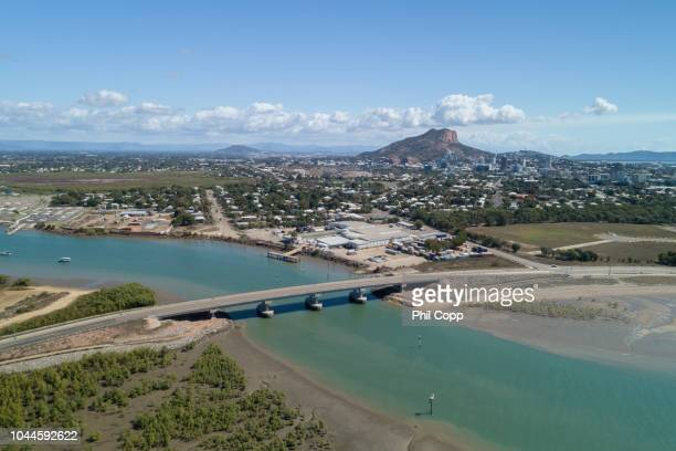 city view - townsville queensland stock pictures, royalty-free photos & images