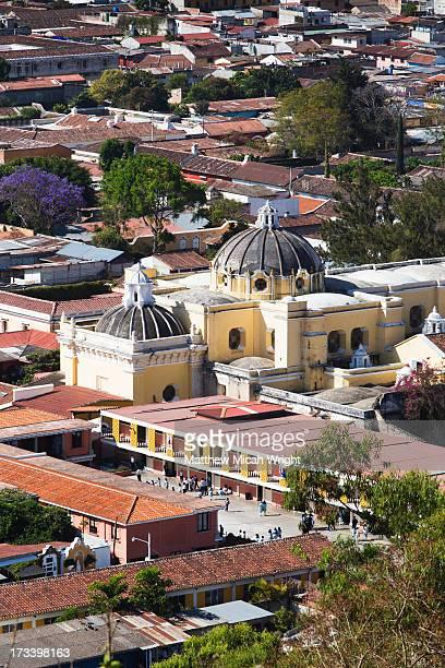 City views from above at Cerro de la Cruz