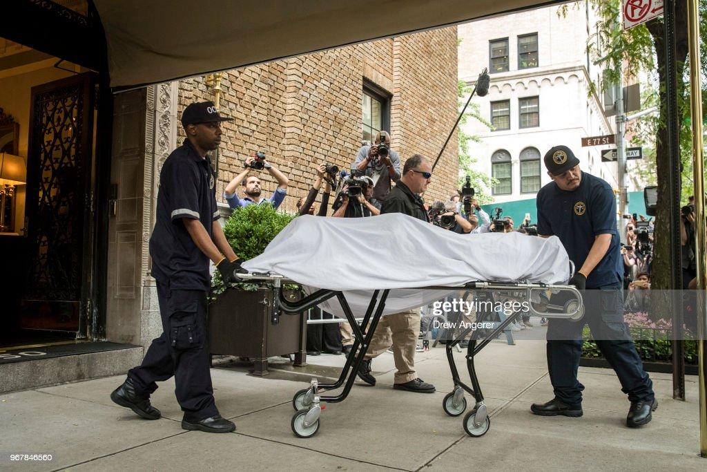 Designer Kate Spade Found Dead At 55 In Her Manhattan Apartment : News Photo