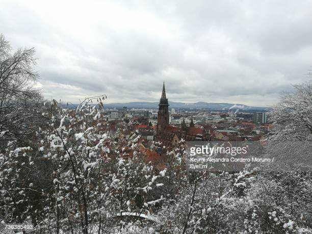 cityscape against sky during winter - moruno stock pictures, royalty-free photos & images