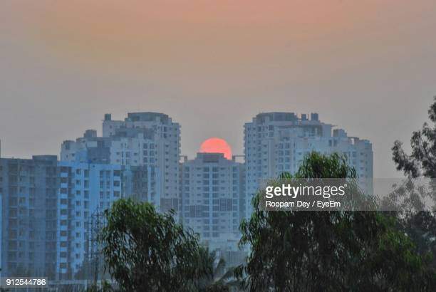 cityscape against sky - bangalore stock pictures, royalty-free photos & images