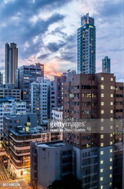 cityscape against sky - kowloon peninsula stock pictures, royalty-free photos & images