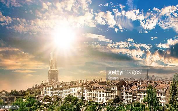 Stadtansicht im Zentrum von Bern, der Hauptstadt der Schweiz im Sonnenuntergang