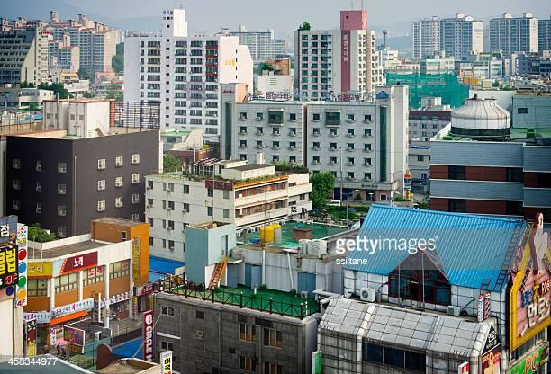 cityscape in daejeon, korea - daejeon stockfoto's en -beelden