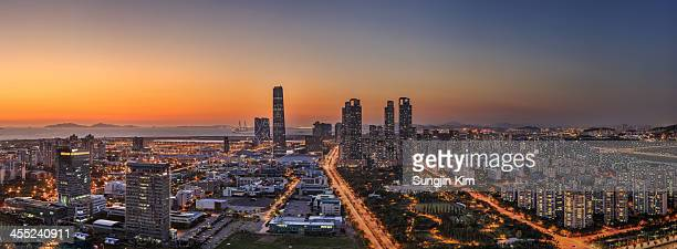 cityscape in panorama - songdo ibd stock pictures, royalty-free photos & images