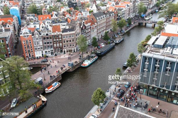 cityscape of amsterdam: high angle view of the center of the city - north holland stock pictures, royalty-free photos & images