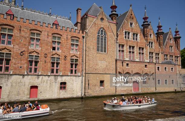 cityscape of bruges in belgium - hugh threlfall stock pictures, royalty-free photos & images