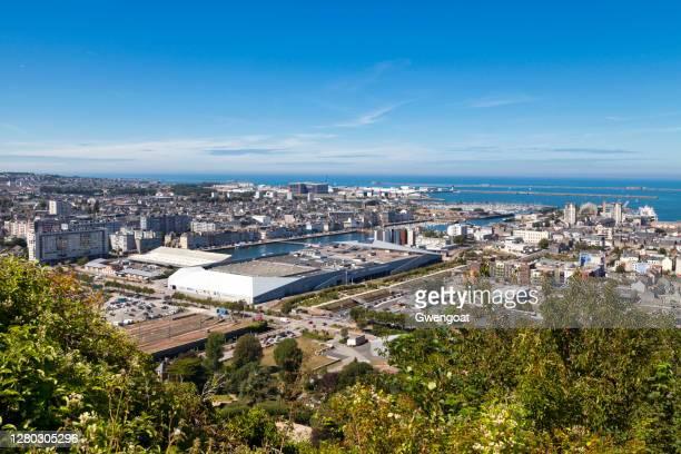 paysage urbain de cherbourg-en-cotentin - cotentin photos et images de collection