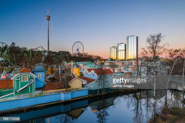 cityscape of gothenburg at dusk - gothenburg stock pictures, royalty-free photos & images