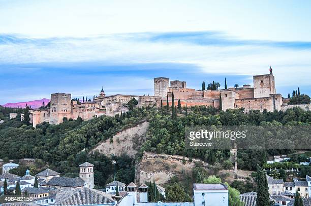 Stadtansicht von Granada, Spanien bei Sonnenuntergang