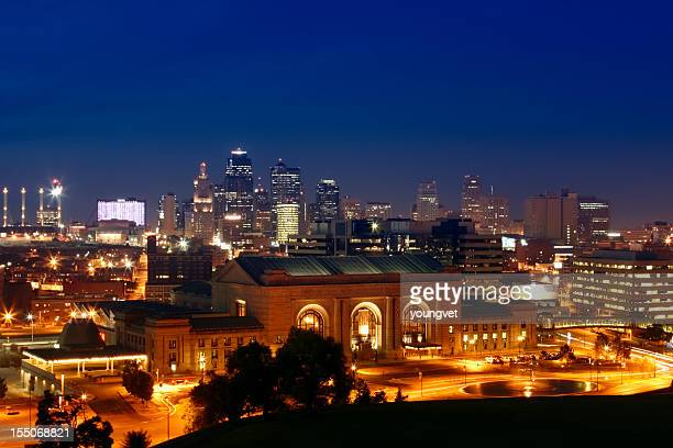 Cityscape of Kansas City illuminated at night