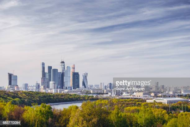 cityscape of moscow with modern moscow international business center (aka moscow city), russia - moscow skyline stock pictures, royalty-free photos & images