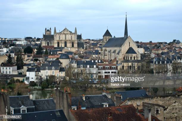cityscape of poitiers ( france) - ポワティエ ストックフォトと画像