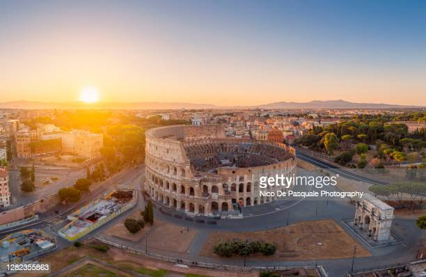 cityscape of rome - colosseum stock pictures, royalty-free photos & images