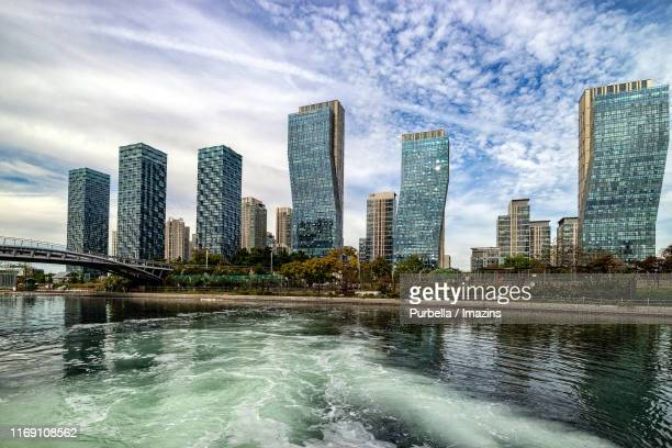 cityscape of songdo central park, songdo, south korea - songdo ibd stock pictures, royalty-free photos & images
