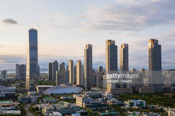 cityscape of songdo, incheon, south korea - songdo ibd stock pictures, royalty-free photos & images