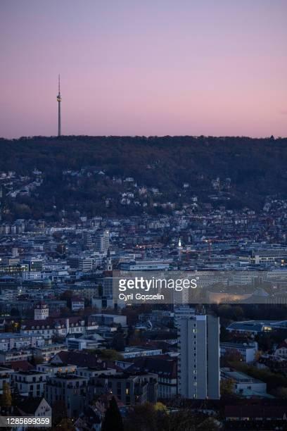 cityscape of stuttgart - dämmerung stock pictures, royalty-free photos & images