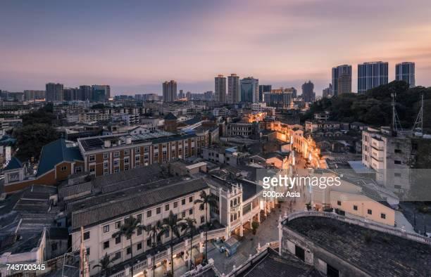cityscape of zhongshan, guangdong, china - zhongshan stock-fotos und bilder