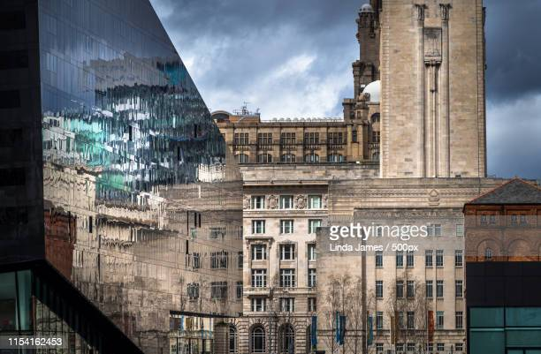 cityscape - merseyside stock pictures, royalty-free photos & images