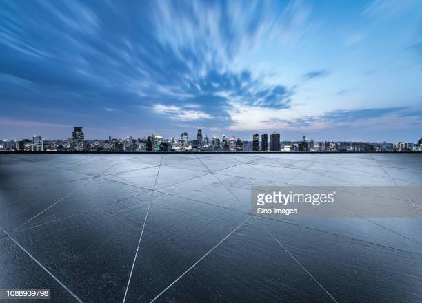 cityscape seen from empty terrace, shanghai, china - image stockfoto's en -beelden