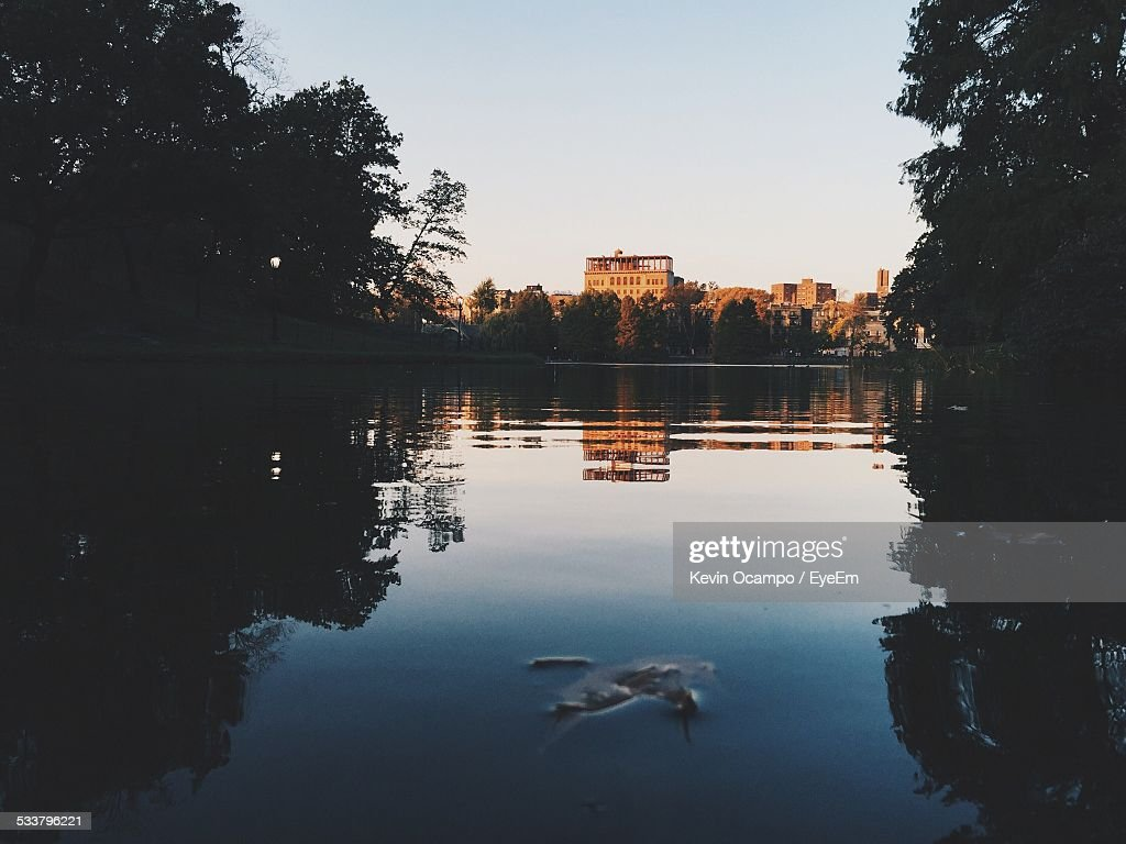 Cityscape Seen From River : Foto stock