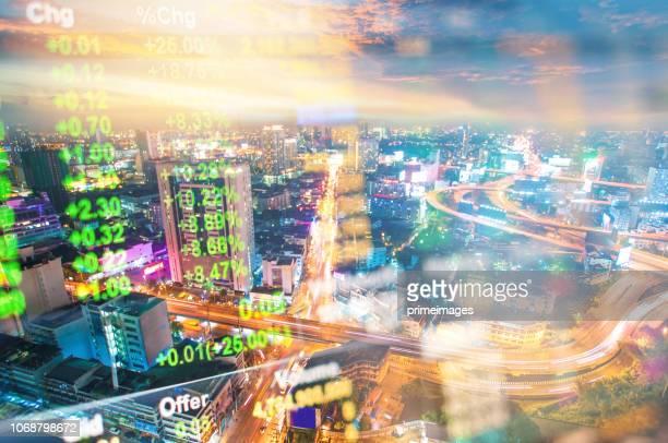 stadtbild thailand mit investitionen thema hintergrund und börse chart - börsencrash stock-fotos und bilder