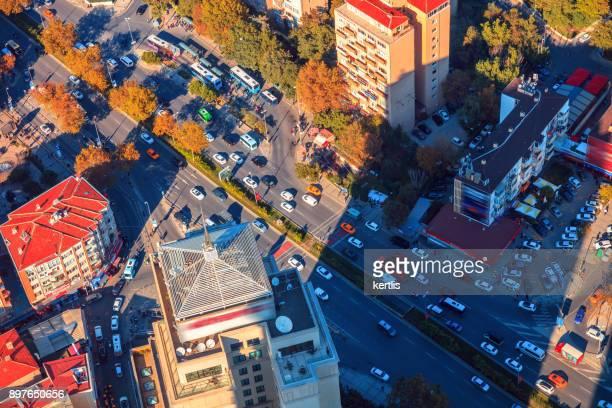 Paisaje, vista desde la altura de Estambul (caminos)