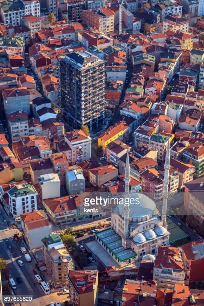 Paisaje, vista desde la altura de Estambul (techos)