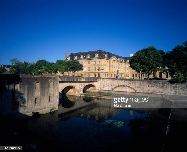 cityscape view of metz along the river - herault stock pictures, royalty-free photos & images