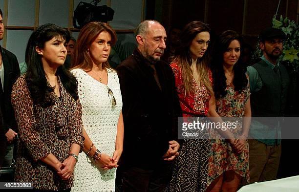 TO35942 Ciudad de Mexico Victoria Ruffo Sabine Moussier Salvador Garcini Nora Salinas y Ariadne Diaz durante la misa por el inicio de grabaciones de...