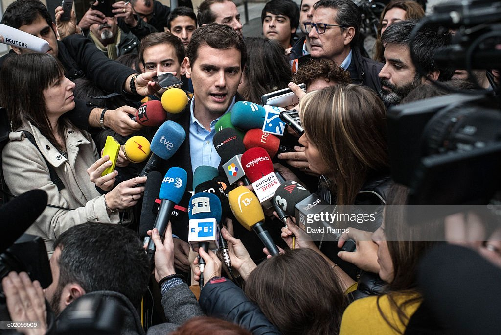 Ciudadanos (Citizens) leader Albert Rivera attends to journalists after casting his vote at a polling station on December 20, 2015 in Barcelona. Spaniards went to the polls today to vote for 350 members of the parliament and 208 senators. For the first time since 1982, the two traditional Spanish political parties, right-wing Partido Popular (People's Party) and centre-left wing Partido Socialista Obrero Espanol PSOE (Spanish Socialist Workers' Party), held a tight election race with two new contenders, Ciudadanos (Citizens) and Podemos (We Can) attracting right-leaning and left-leaning voters respectively.