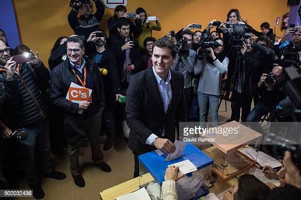 Ciudadanos leader Albert Rivera casts his vote at a polling station on December 20 2015 in Barcelona Spaniards went to the polls today to vote for...