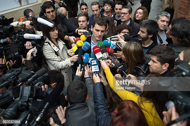 Ciudadanos leader Albert Rivera speaks to journalists after casting his vote at a polling station on December 20 2015 in Barcelona Spain Spaniards...
