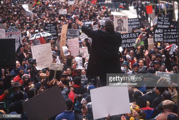 Civil Rights activist Al Sharpton addresses an angry crowd protesting the shooting of unarmed immigrant Amadou Diallo on March 3 1999 in New York City