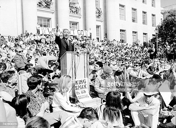 Civil rights leader Reverend Martin Luther King Jr delivers a speech to a crowd of approximately 7000 people on May 17 1967 at UC Berkeley's Sproul...