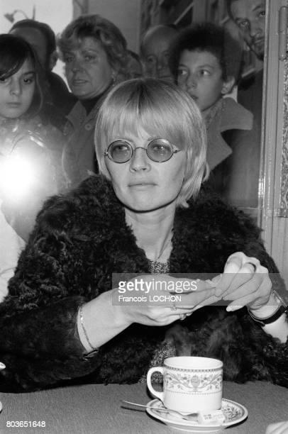 Claire Bretécher à Paris en octobre 1975, en France.
