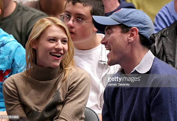 Claire Danes and Billy Crudup during Celebrities Attend the New Jersey Nets vs New York Knicks Game December 26 2005 at Madison Square Garden in New...