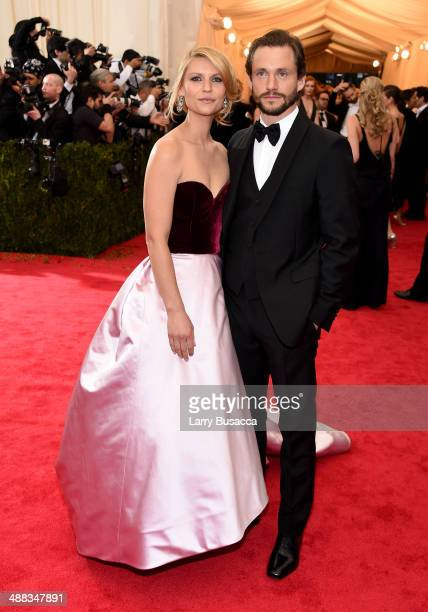 Claire Danes and Hugh Dancy attend the 'Charles James Beyond Fashion' Costume Institute Gala at the Metropolitan Museum of Art on May 5 2014 in New...