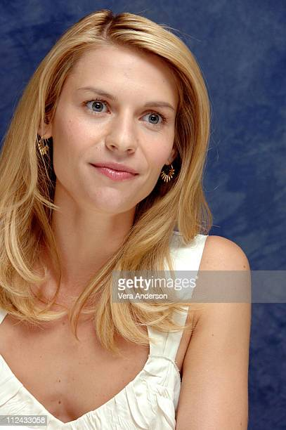 Claire Danes during Evening Press Conference with Michael Cunningham Natasha Richardson Mamie Gummer Claire Danes and Vanessa Redgrave at Regency...