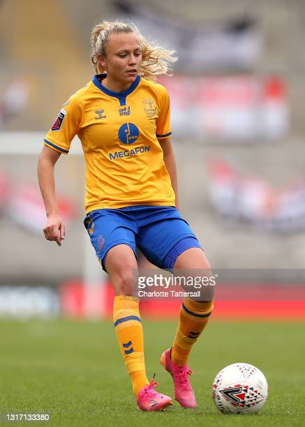 Claire Emslie of Everton runs with the ball during the Barclays FA Women's Super League match between Manchester United Women and Everton Women at...