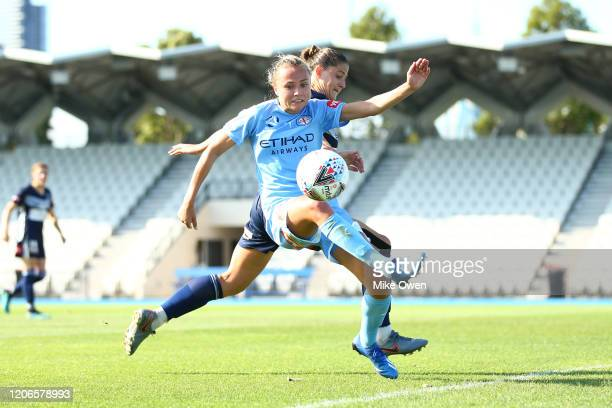 Claire Emslie of Melbourne City controls the ball during the round 12 W-League match between Melbourne Victory and Melbourne City at Lakeside Stadium...