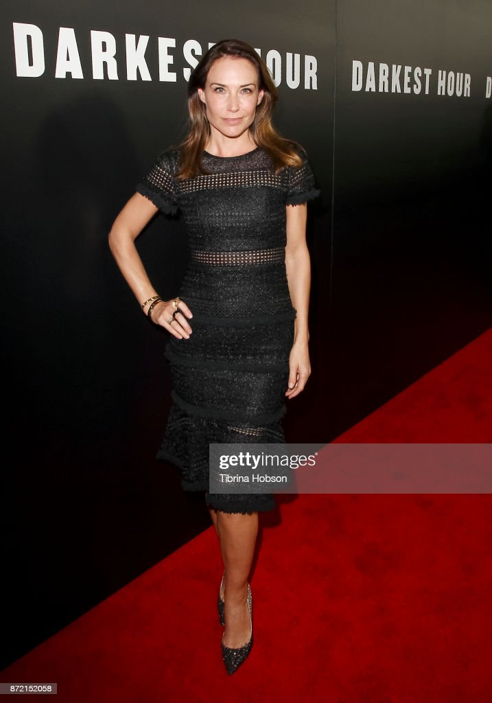 "Premiere Of Focus Features' ""Darkest Hour"" - Red Carpet : News Photo"